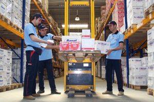 transport-logistics-and-warehousing